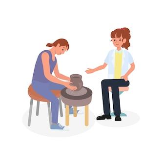 Paciente haciendo cerámica con terapeuta en sesión de rehabilitación de salud mental.