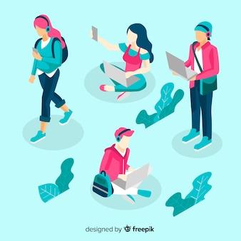 Pack isométrico gente usando dispositivos tecnológicos