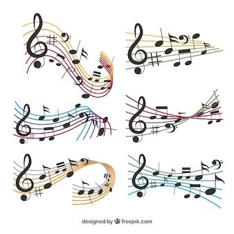 Pack de pentagramas de colores y notas musicales