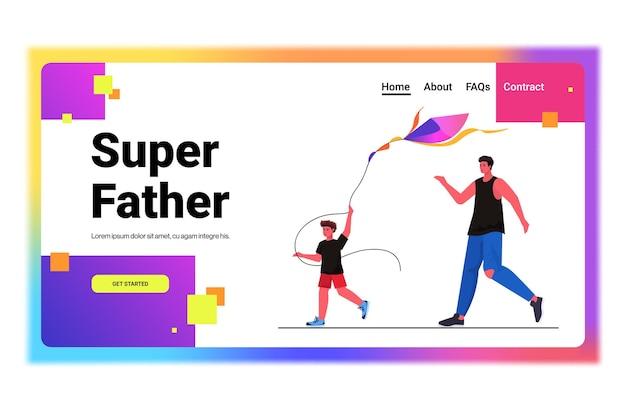 Padre e hijo jóvenes lanzando una cometa juntos concepto de paternidad paternidad papá pasar tiempo con el niño horizontal