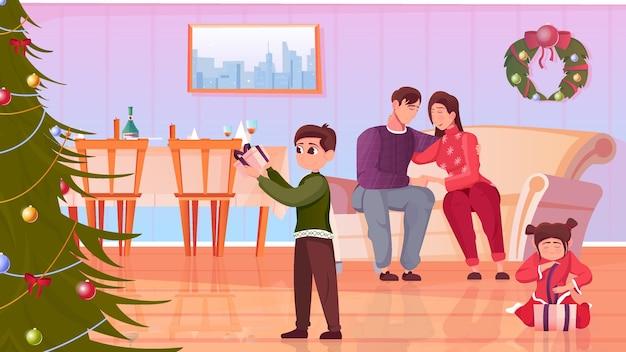 Padres e hijos desenvolver regalos de navidad en la sala de estar con mesa festiva plana