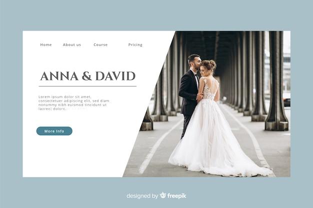 Página de inicio de bodas con foto y color pastel