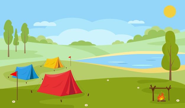Paisaje de campamento de verano con campo, lago o río y tiendas de campaña