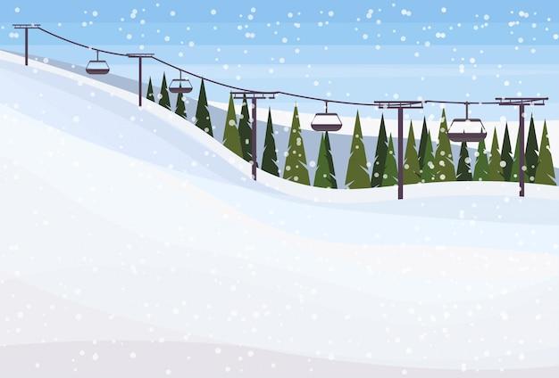 Paisaje de invierno con fondo de teleférico