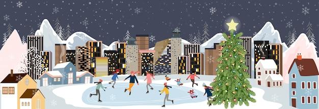 Paisaje de invierno por la noche con gente divirtiéndose haciendo actividades al aire libre. paisaje de la ciudad en las vacaciones de navidad con celebración de la gente, niño jugando patines de hielo,