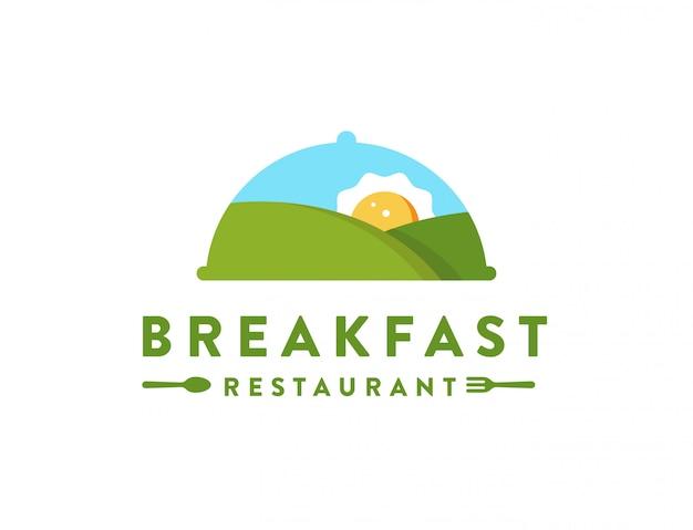 Paisaje de montaña y tortilla de sol, logotipo de restaurante de desayuno