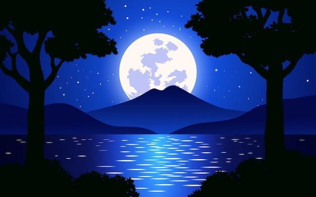 Paisaje nocturno con luna llena y grandes árboles.