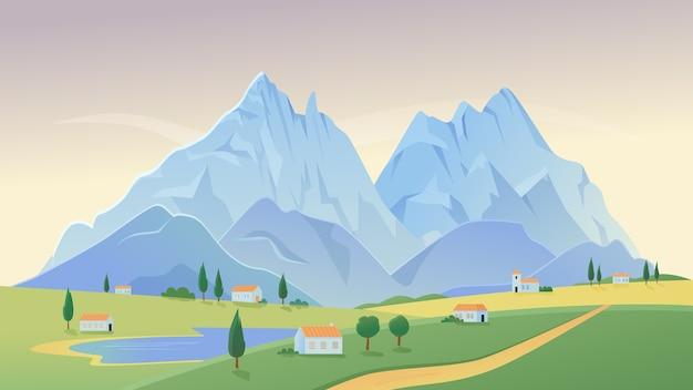Paisaje rural del paisaje de la aldea de montaña con casas de campo en el fondo del panorama del verano del campo verde
