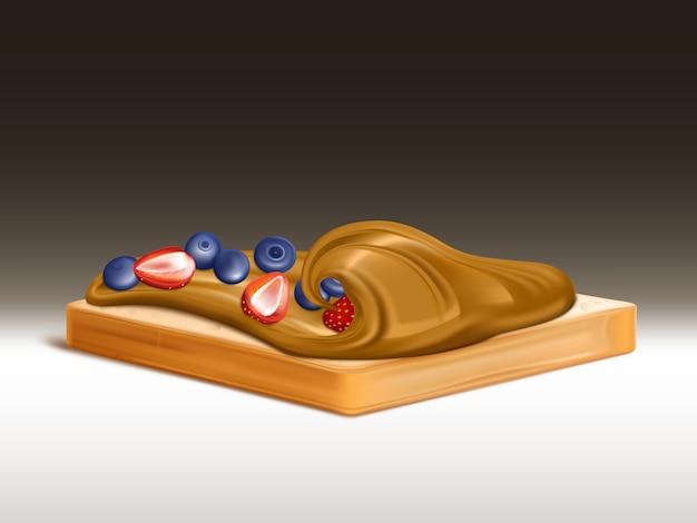 Pan de trigo con mantequilla de maní, crema de chocolate o turrón, untado con fresas y arándanos.