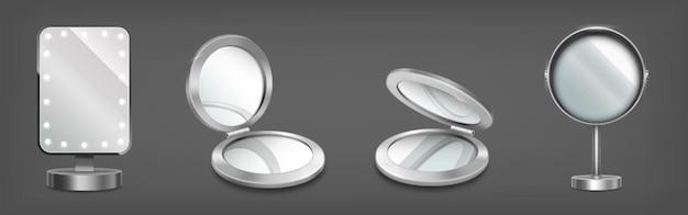 Pancarta con espejos de maquillaje en soporte y en cajas circulares compactas.