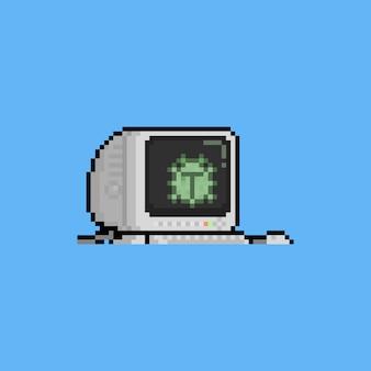 Pantalla de computadora de dibujos animados de pixel art con virus verde.