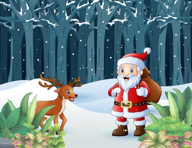 Papá noel y un ciervo caminando con los regalos en la bolsa