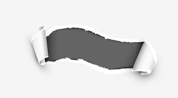 Papel rasgado blanco realista con el lado dañado