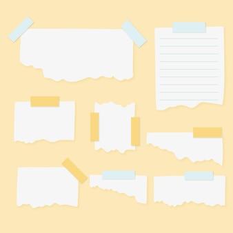 Papel rasgado con paquete de cinta