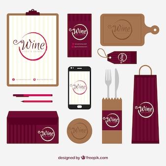 Papelería de vino con accesorios