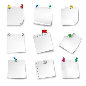 Papeles de nota en blanco