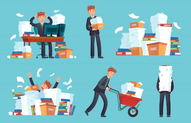 Papeles de oficina no organizados, trabajo abrumado de empresario, pila de documentos en papel desordenado y caricatura de pila de archivos