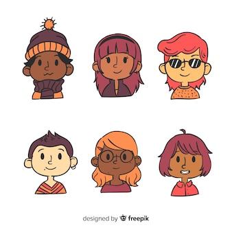 Paquete de avatar de personas en diseño dibujado a mano