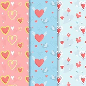 Paquete dibujado a mano de patrones lindos del corazón