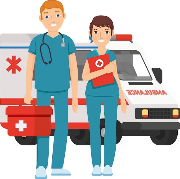 Paramédico masculino y femenino listo para ayudar a todos con cuidado