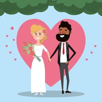 Pareja casada con flores corazón y ramo