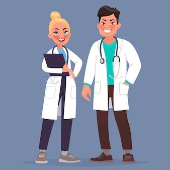 Pareja de doctores un hombre y una mujer son trabajadores médicos.