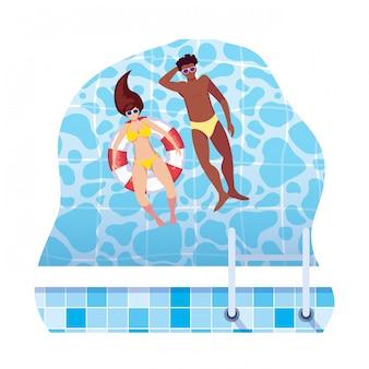 Pareja interracial con traje de baño y flotador en el agua