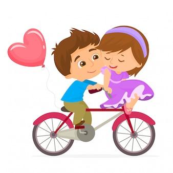 Pareja romántica en bicicleta para el día de san valentín