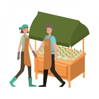 Pareja en tienda quiosco con verduras personaje de avatar