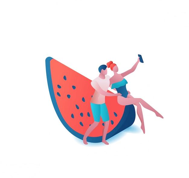 Pareja tomando selfie en sandía, gente de fiesta de verano, mujer romántica en traje de baño y hombre