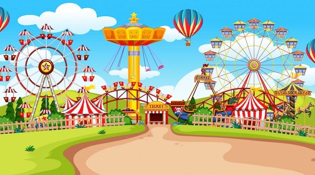 Parque de atracciones feria de diversión vacía