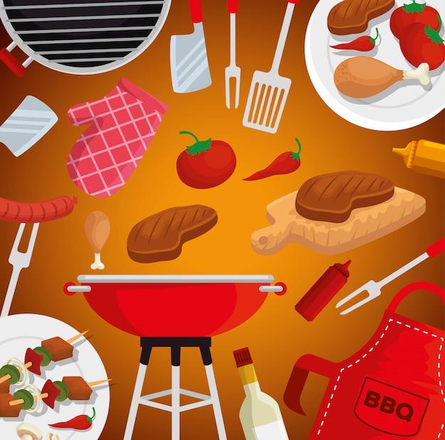Parrilla de carne y salchichas con tomates y utensilios para barbacoa