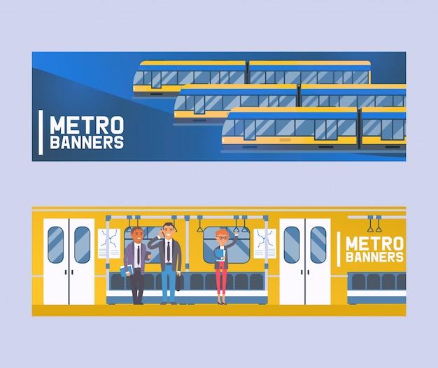 Pasajeros en vagón de metro, transporte público moderno de la ciudad, tranvía subterráneo conjunto de pancartas planos humanos en metro, tubo.
