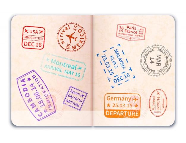 Pasaporte extranjero abierto realista con muchos sellos de inmigración en blanco
