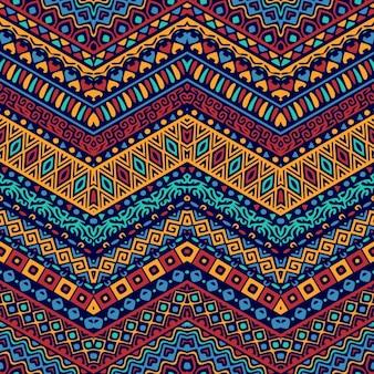 Patrón a todo color con ornamentos étnicos