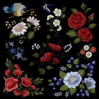 Patrón de bordado ornamental de moda popular floral.