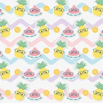 Patrón de caracteres kawaii de frutas y piñas frescas