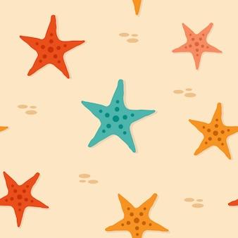 Patrón sin costuras de estrellas de mar en la arena de la playa