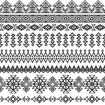 Patrón decorativo tribal en blanco y negro