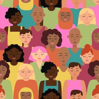 Patrón del día de las mujeres con caras de mujeres