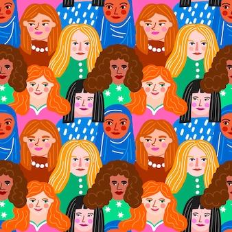 Patrón del día de las mujeres con concepto de caras de mujeres