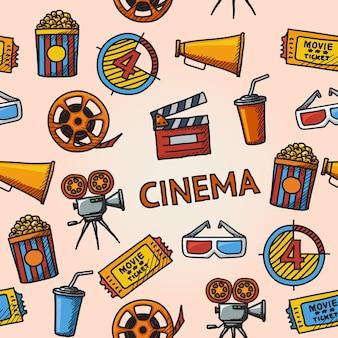 Patrón dibujado a mano de cine sin costuras con: proyector de cine, tira de película, gafas 3d, tablilla, palomitas de maíz en una tina rayada, boleto de cine, vaso de bebida.