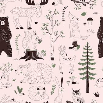 Patrón sin fisuras del bosque de verano. paisaje arbolado con animales.