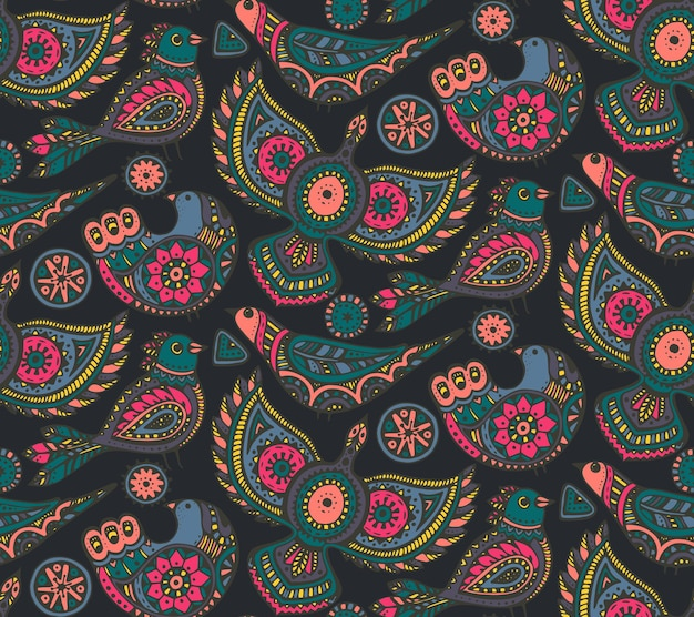 Patrón sin fisuras con coloridos pájaros ornamentados étnicos dibujados a mano. motivo folklórico