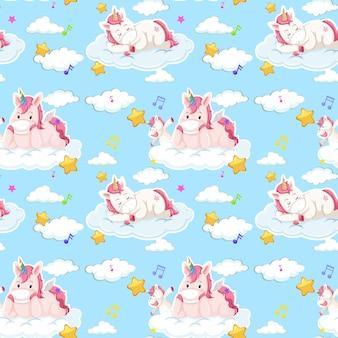 Patrón sin fisuras de unicornio con muchas nubes sobre fondo azul