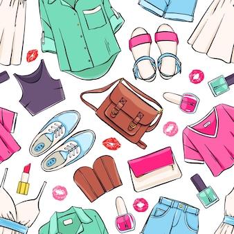 Patrón sin fisuras con varias prendas y accesorios de verano para mujeres.