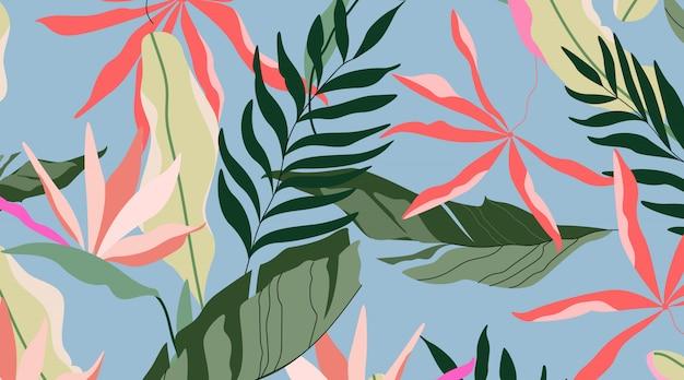 Patrón de isla tropical diseño sin costuras de fondo azul. hojas de palmera hawaiana, hojas de plátano y flores de strelitzia.