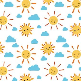 Patrón de nubes y sol dibujados a mano