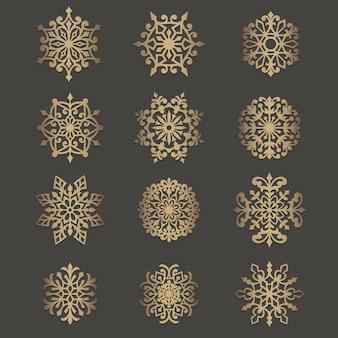 Patrón de recorte de copos de nieve ornamentados. elemento de círculo de plantilla. patrón de silueta circular para máquinas de corte por láser o troqueladoras.