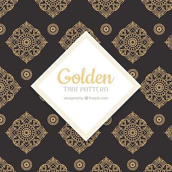 Patrón tailandés lujoso con estilo dorado